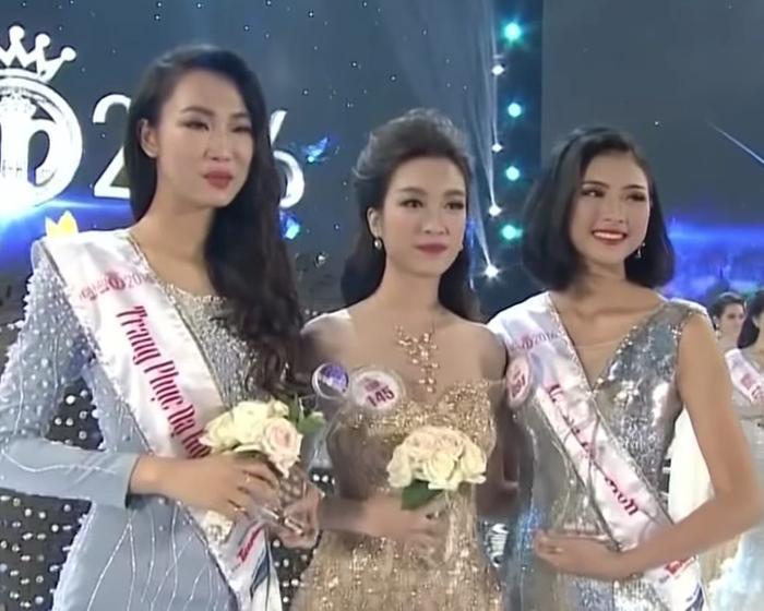 Từ trái sang: Phạm Thủy Tiên – Đỗ Mỹ Linh – Đào Thị Hà.