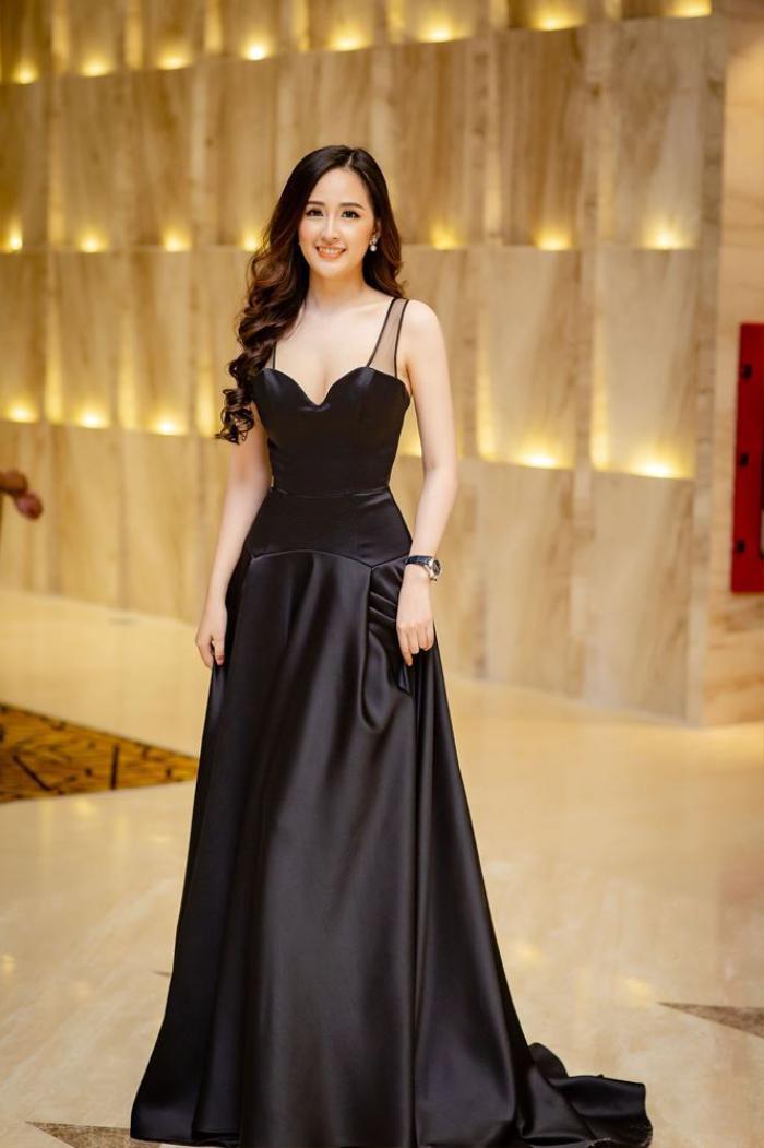 Hoa hậu Việt Nam 2006 Mai Phương Thúy khi đăng quang đang là sinh viên năm nhất trường đại học Ngoại Thương. Cô thi đỗ ngành Quản trị Kinh doanh với số điểm 24,5. Sau đó, cô chọn theo học ở ĐH RMIT cơ sở TP.HCM để tiện phát triển sự nghiệp.