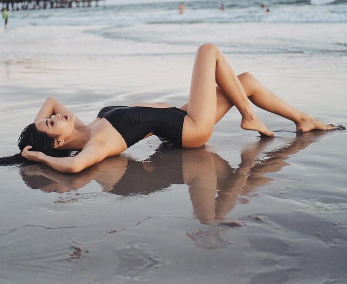 Vòng 1 'lép kẹp' của Hoàng Thùy từng là nỗi lo lắng của mọi người khi nghe tin Hoàng Thùy sẽ là đại diện Việt Nam tham dự Miss Universe 2019.