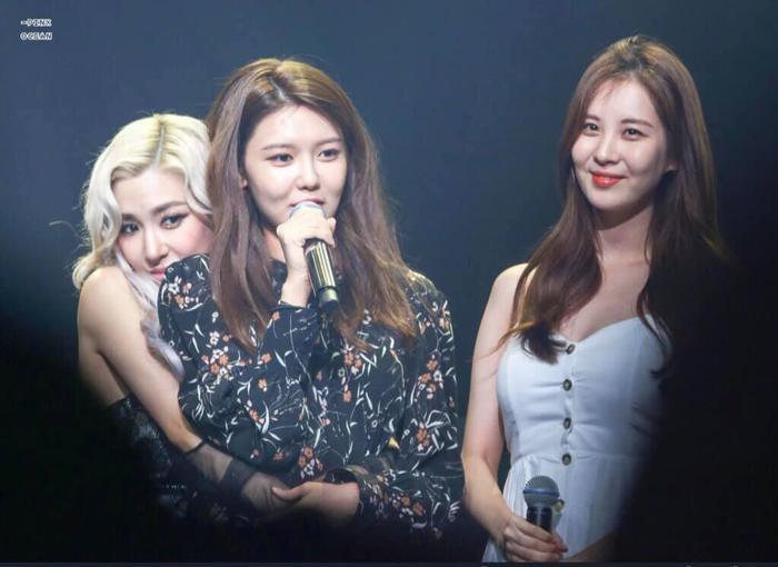 Tiffany, Sooyoung và Seohyun nói về khả năng comeback của SNSD trong thời gian tới.