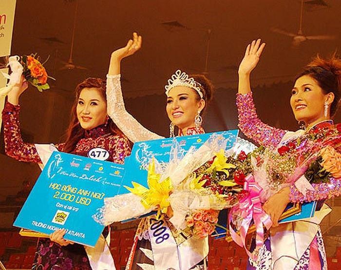 Ngọc Diễm đăng quang Hoa hậu Du lịch Việt Nam 2018.