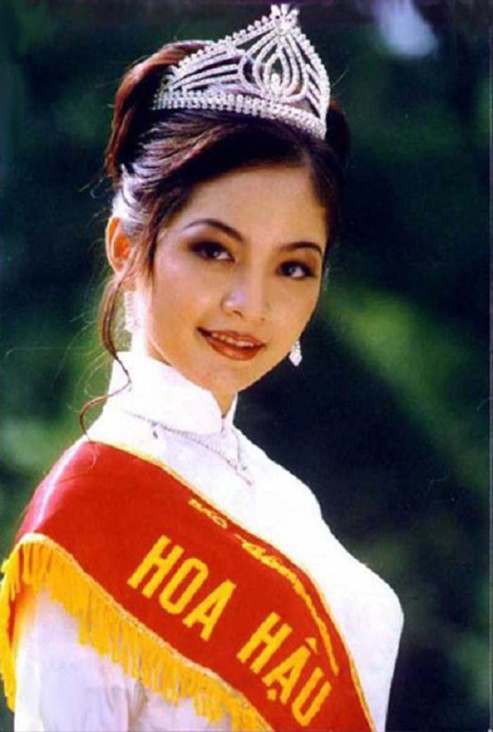 Nguyễn Thiên Nga đăng quang Hoa hậu Việt Nam năm 1996 khi mới 21 tuổi.