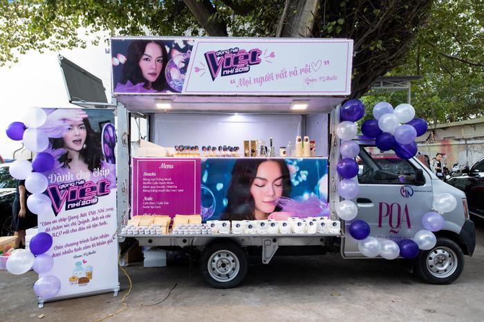 Món quà ý nghĩa mà Phạm Quỳnh Anh và FC của mình muốn dành riêng cho ê-kípThe Voice Kids 2019.