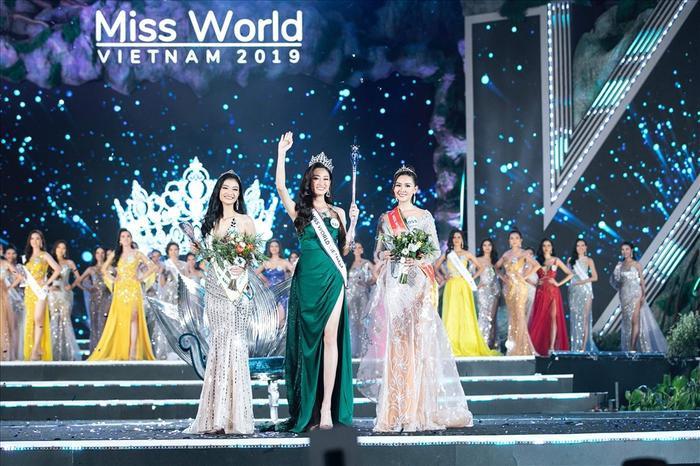 Lương Thùy Linh xuất sắc giành ngôi vị cao nhất tại Miss World Vietnam 2019