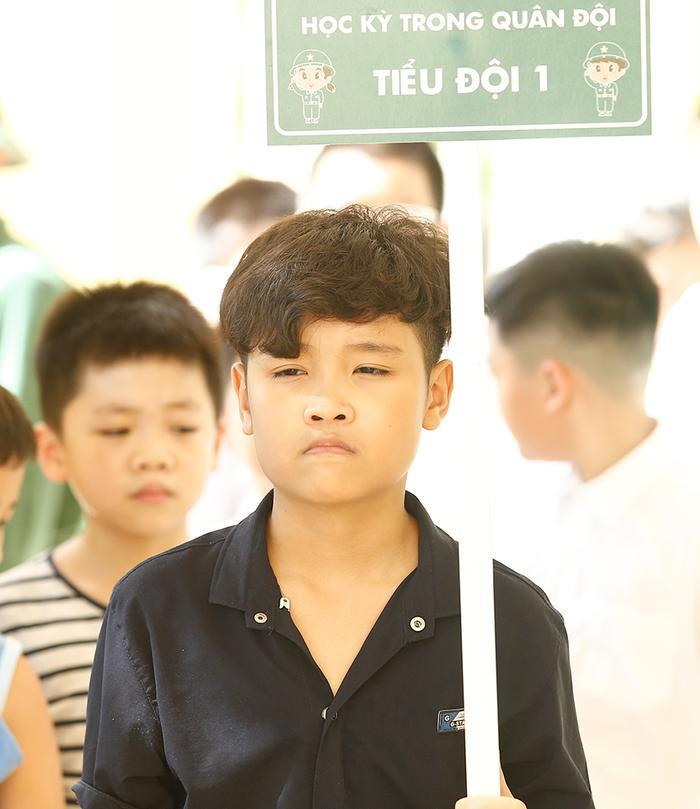 Chuẩn chỉ chú bộ đội cụ Hồ nhé Trịnh Nhật Minh!