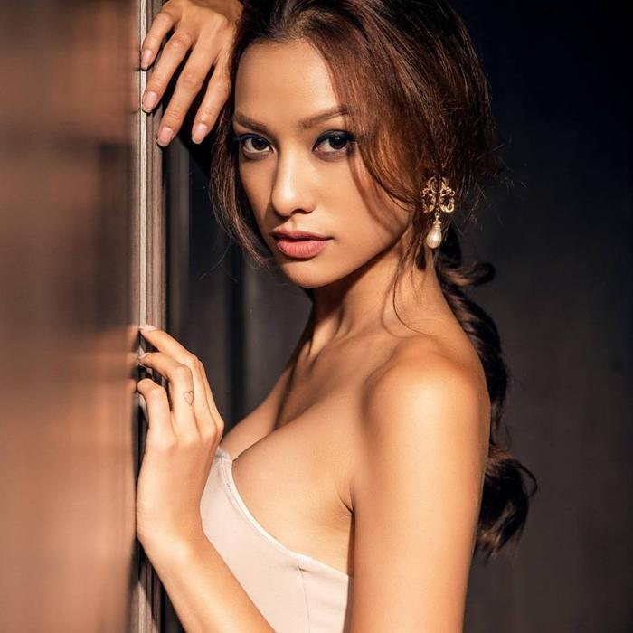 Người mẫu Lilly Nguyễn.