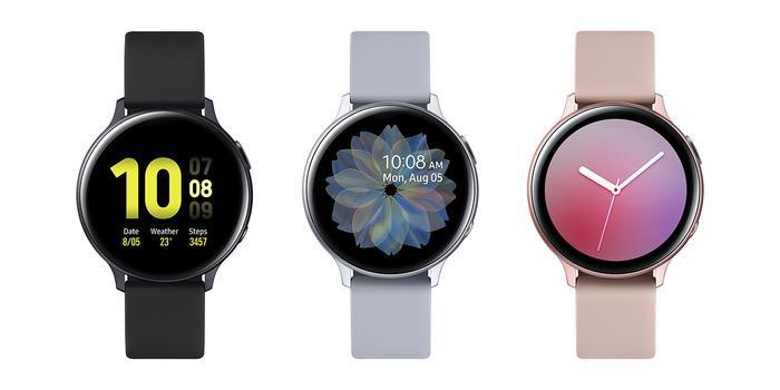 Vòng bezel xoay đặc trưng của Galaxy Watch Active đã được biến thành vòng bezel kỹ thuật số giúp tối ưu màn hình.