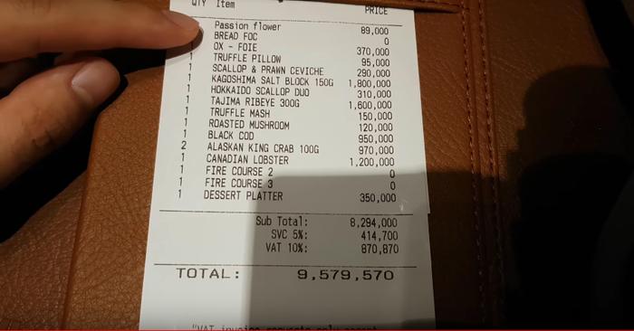 """Hơn 9,5 triệu cho 16 món ăn sơn hào hải vị – cái giá không quá """"chát"""" với chàng Youtuber."""
