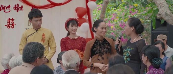 Tập 6 phim 'Về nhà đi con': Tổ chức đám cưới theo kiểu 'anhh trai mưa', Vui quên luôn cô dâu tên Nương