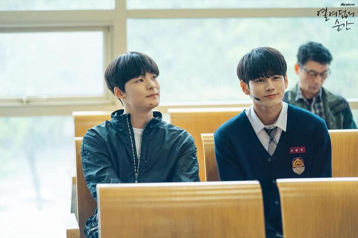 Knet ngợi khen diễn xuất của Ong Seong Woo, Khoảnh khắc tuổi 18 đạt rating cao nhất trong tập 6 ảnh 6