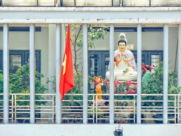 Một pho tượng Phật đậm chất Nam Bộ được làng nghề chùa Giác Hải tôn tạo nên.