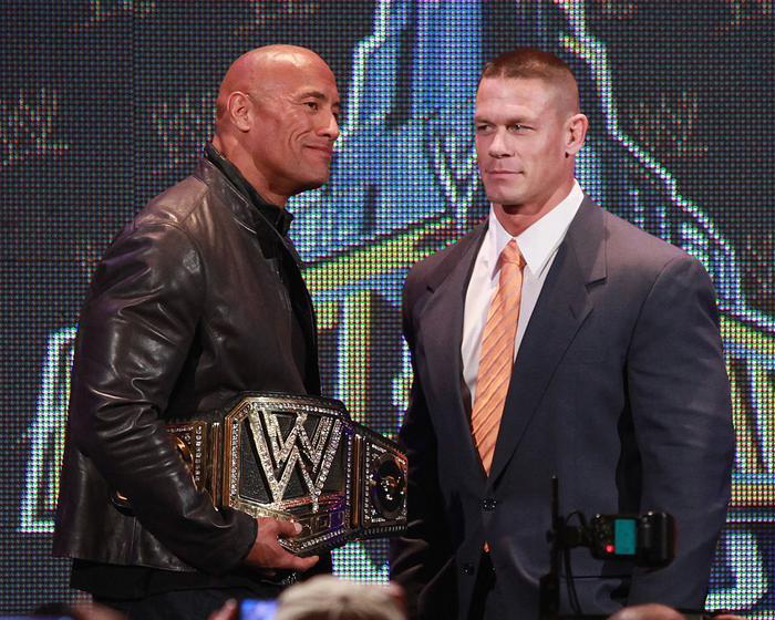 """John Cena là cái tên bị """"tình nghi"""" đứng sau giọng nói của Director."""