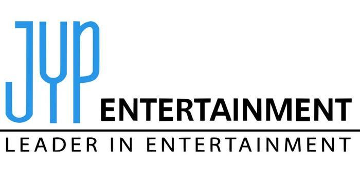 JYP Entertainment đang chịu khá nhiều chỉ trích từ người hâm mộ của TWICE vì họ cho rằng công ty đang vắt kiệt sức khỏe của nghệ sĩ.
