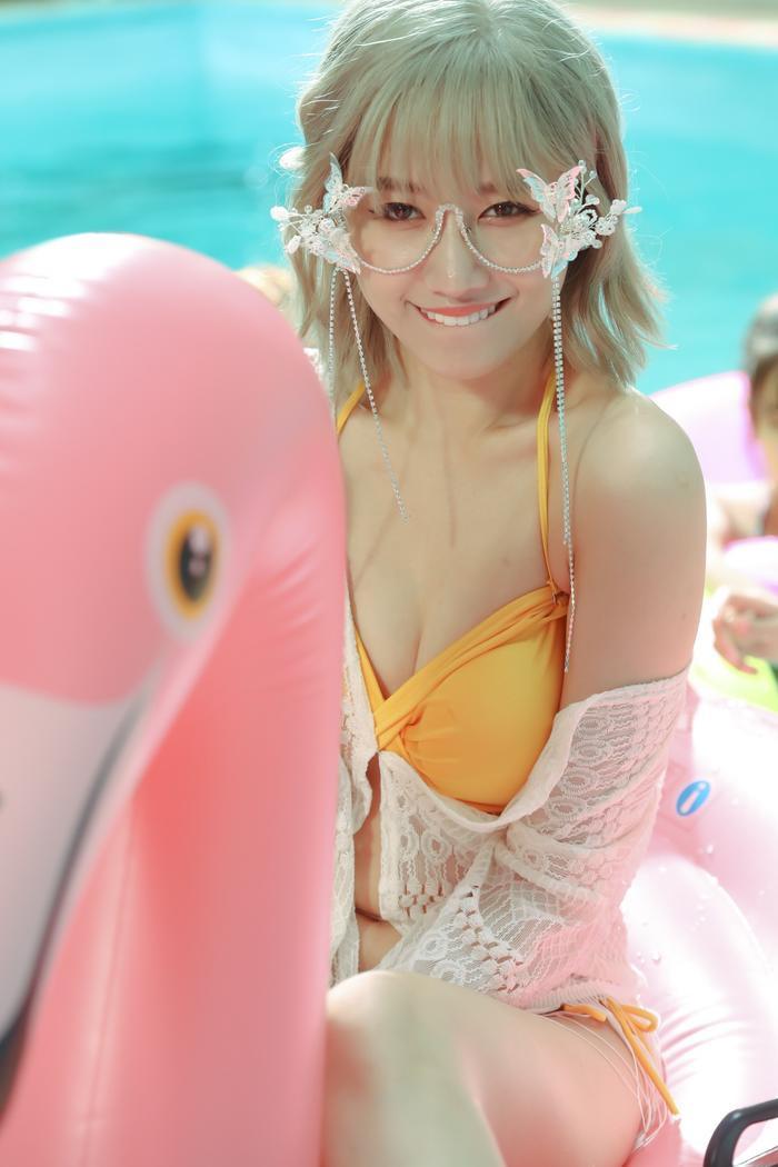 Hari Won khiến fan 'choáng' khi lần đầu diện bikini trễ nải quay MV ảnh 3