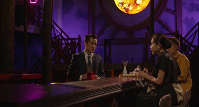 John Nguyễn (POM) và Trần Nam (Phở Đặc Biệt) bàn mưu tính kế giúp Phương Nghi (Khả Như) thừa thắng xông lên