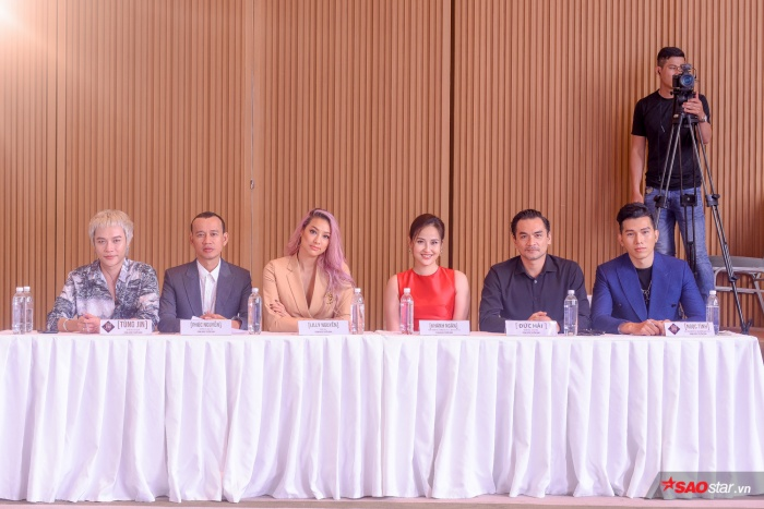 Khánh Ngân cùng dàn BGK của vòng casting Siêu mẫu Việt Nam 2019.