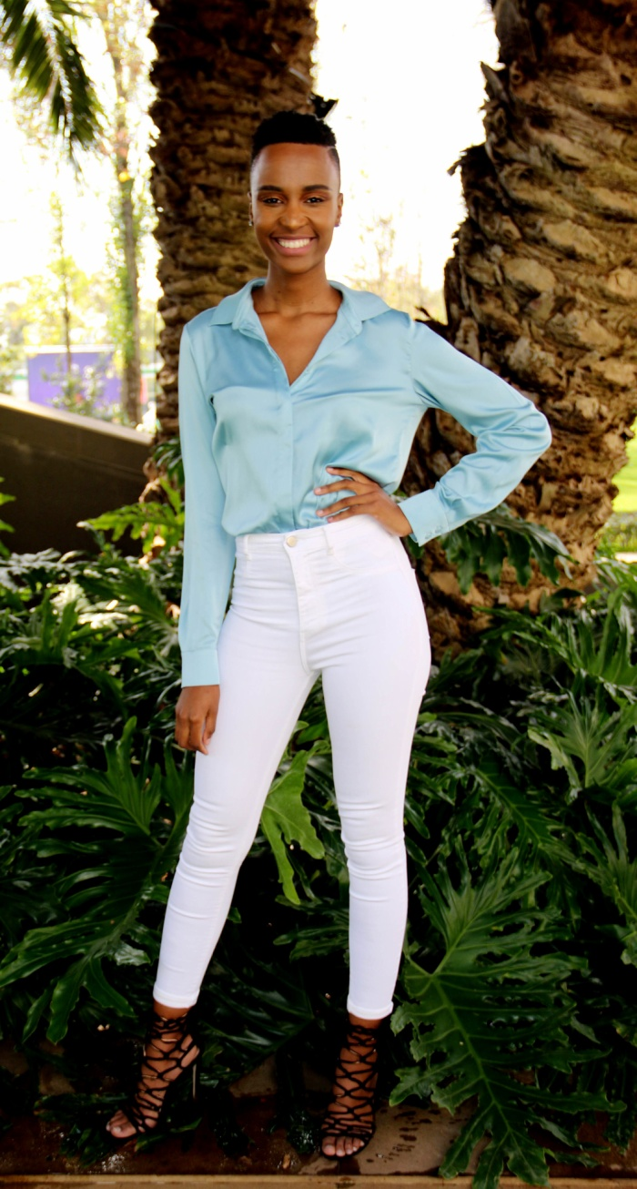 Tuy nhiên ít ai biết rằng, trước khi thành công với mái tóc ngắn,Zozibini Tunzi đã từng thất bại ở Hoa hậu Nam Phi 2017.