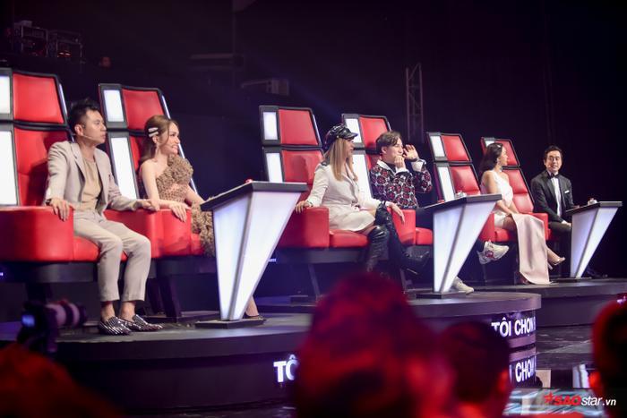 Kim Anh: Cô bé xinh như thiên thần khiến 6 vị HLV The Voice Kids bấm nút chọn ngay phút 89 ảnh 4
