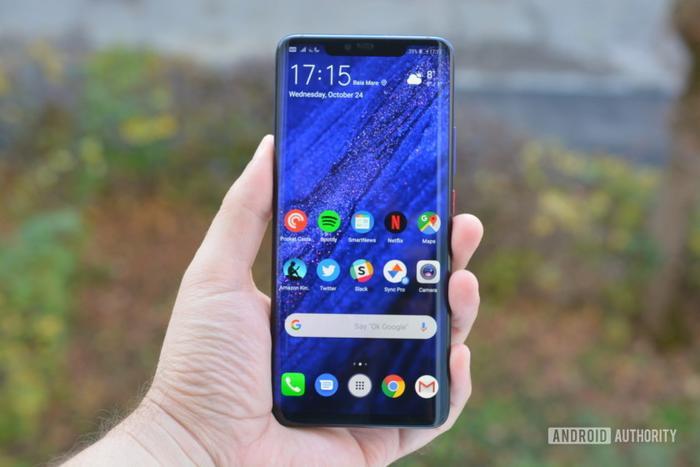 4. Huawei Mate 20 Pro (61 phút): SuperCharge của Huawei một lần nữa chứng tỏ được sức mạnh của mình khi chiếc Huawei Mate 20 Pro hiện đang được đánh giá là điện thoại sạc pin nhanh thứ 4 với thành tích 61 phút để làm đầy viên pin 4.200 mAh.