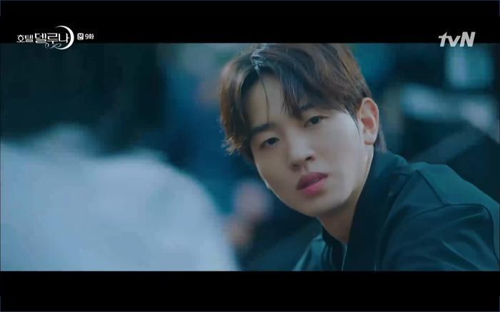 Phim Hotel Del Luna tập 9: IU tan biến ngay trước mắt Yeo Jin Goo, Lee Tae Seo tái sinh thành cảnh sát? ảnh 46