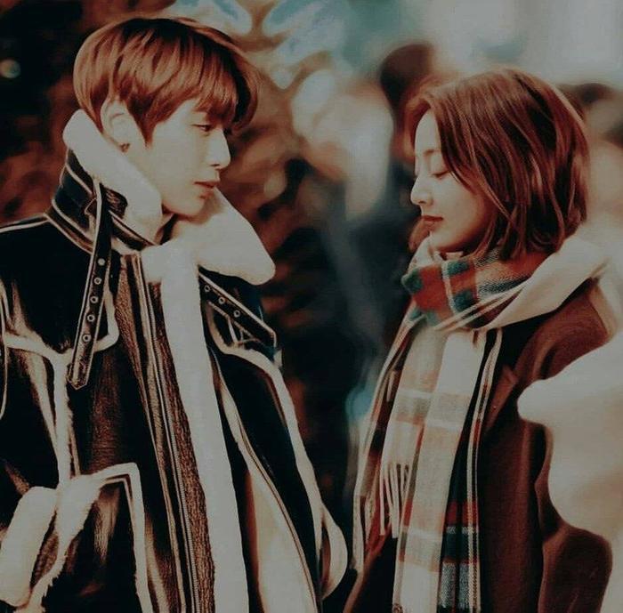 Hình ảnh fan ghép lại cho cặp đôi Kang Daniel và Jihyo.