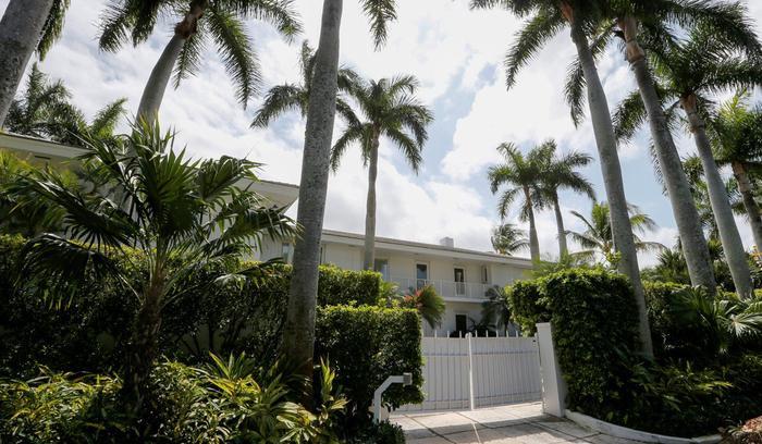 Một trong các cơ ngơi của tỷ phú ở Palm Beach, Florida.