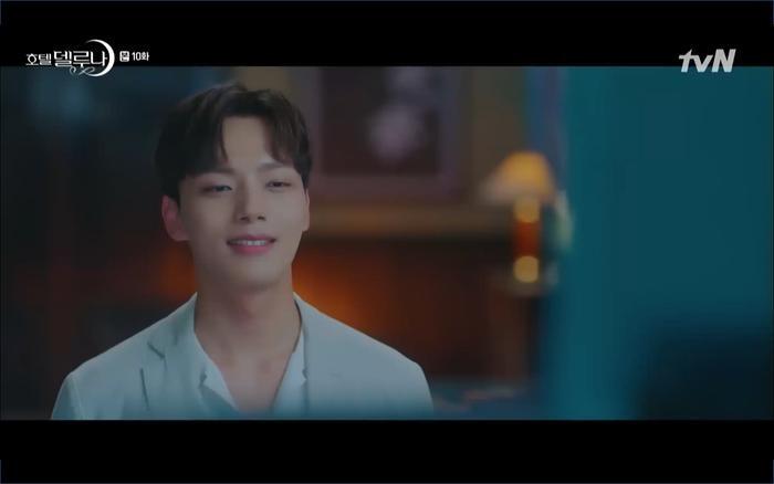 Phim Hotel Del Luna tập 10: Yeo Jin Goo vừa được phục chức hoa thần đã nở báo hiệu cái chết cận kề của IU? ảnh 8