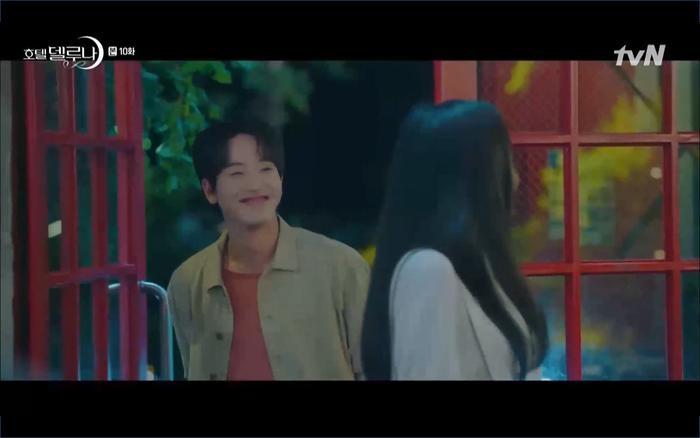 Phim Hotel Del Luna tập 10: Yeo Jin Goo vừa được phục chức hoa thần đã nở báo hiệu cái chết cận kề của IU? ảnh 31