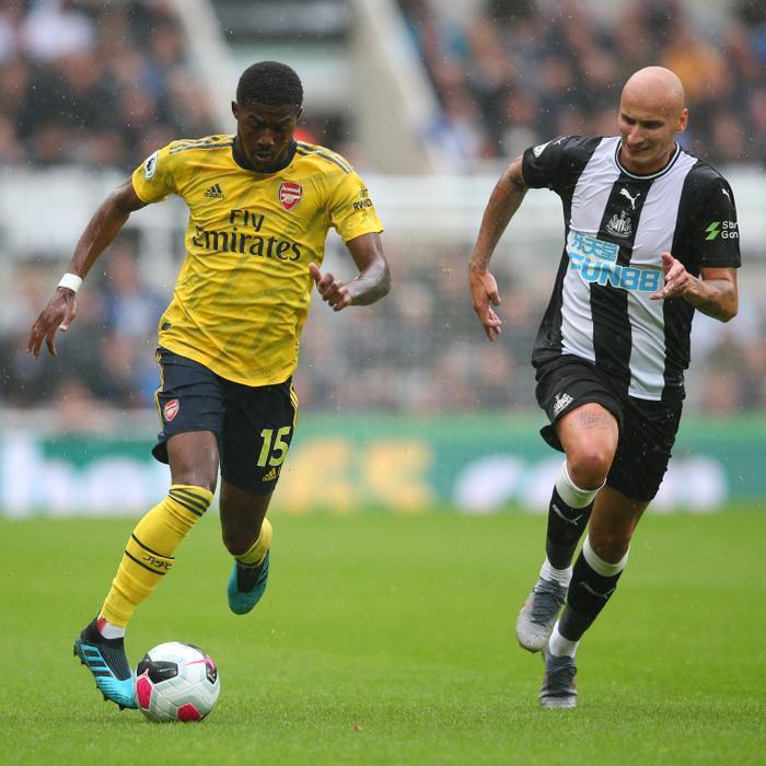 Với lợi thế được thi đấu trên sân nhà, các cầu thủ Newcastle nhập cuộc đầy tự tin.