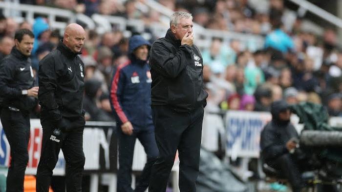 HLV CLB Newcastle không tài nào tìm ra cách tiếp cận khung thành CLB Arsenal.