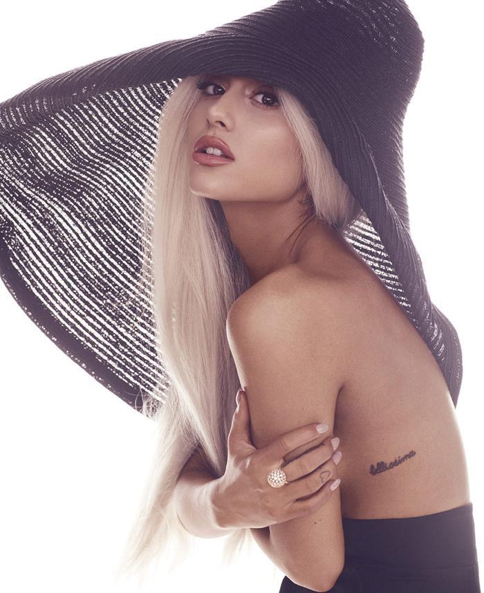 Ariana Grande là một trong những ngôi sao mà Lizzo rất yêu mến.