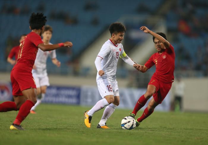 Quang Hải là sản phẩm củaTrung tâm huấn luyện thi đấu TDTT – Sở VHTT Hà Nội cho CLB Hà Nội, sau đó được nâng tầm lên thành ngôi sao nhờ những người thầy giỏi của đội bóng Thủ đô.