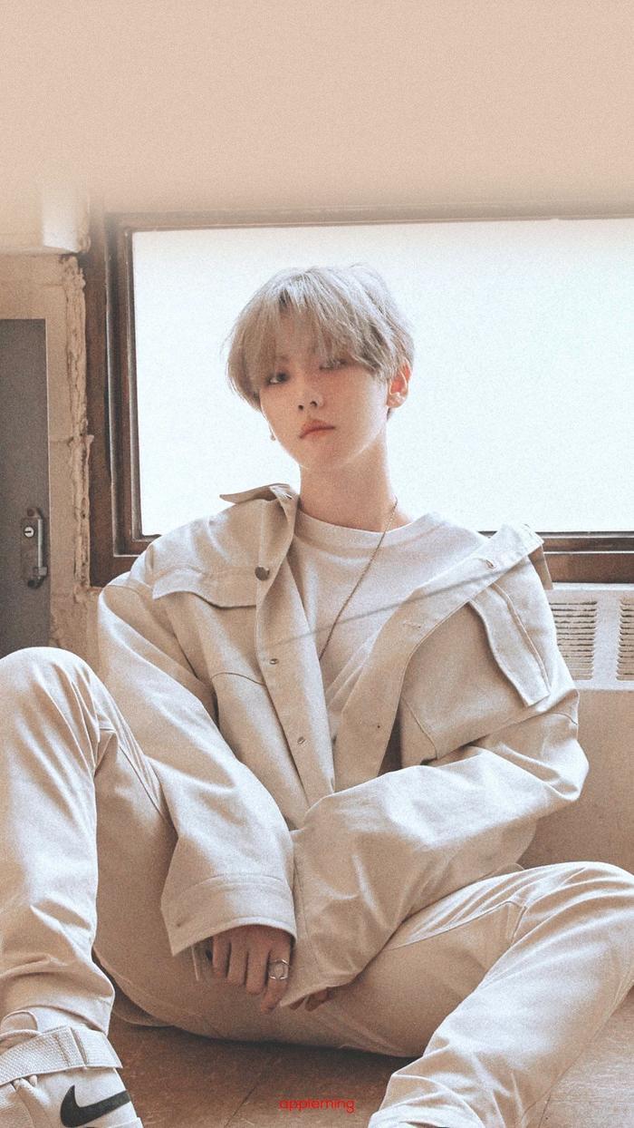 Kỷ lục bán album của Baekhyun bị xô đổ bởi Kang Daniel chỉ trong 3 ngày.