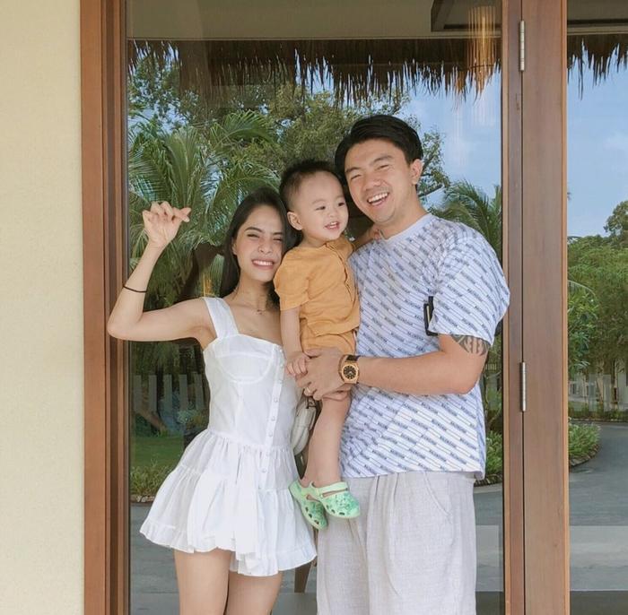 Gia đình hạnh phúc của ca nương Kiều Anh.