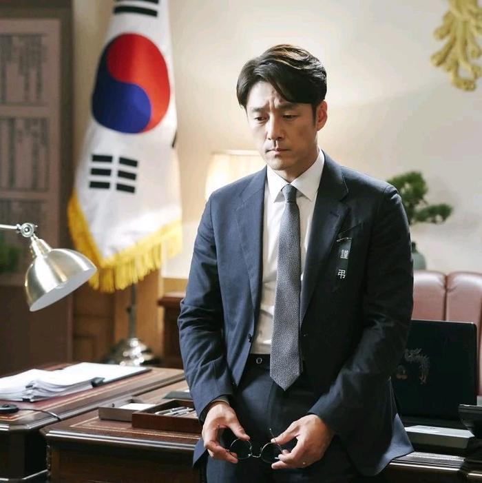 Top 10 bộ phim truyền hình được tìm kiếm nhiều nhất Hàn Quốc ảnh 1