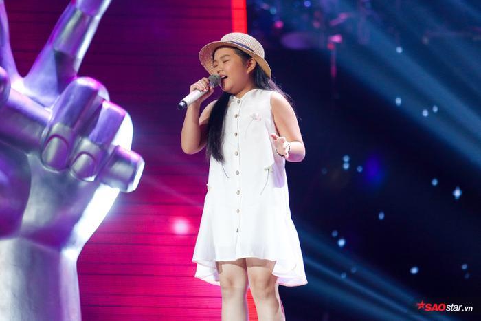 """Đào Huỳnh Minh Châu là một trong những giọng ca """"khủng"""" nhất tại chương trình năm nay."""
