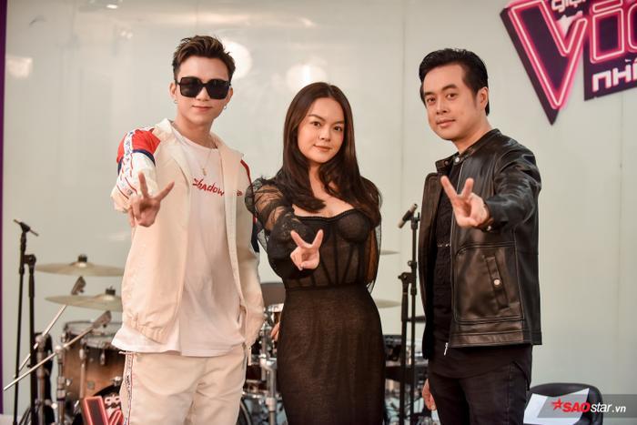 Cố vấn của đội HLV Phạm Quỳnh Anh - Dương Khắc Linh là ca sĩ Soobin Hoàng Sơn.