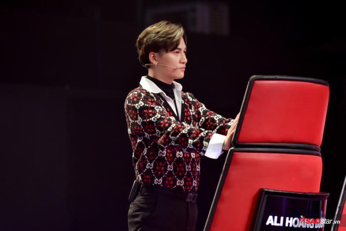 Sau màn tranh giành đầy kịch tính, giọng hát tài năng Đào Huỳnh Minh Châu đã quyết định sử dụng quyền lực của mình phá giải nút chặn và về đội của đội Lưu Thiên Hương – Ali Hoàng Dương.