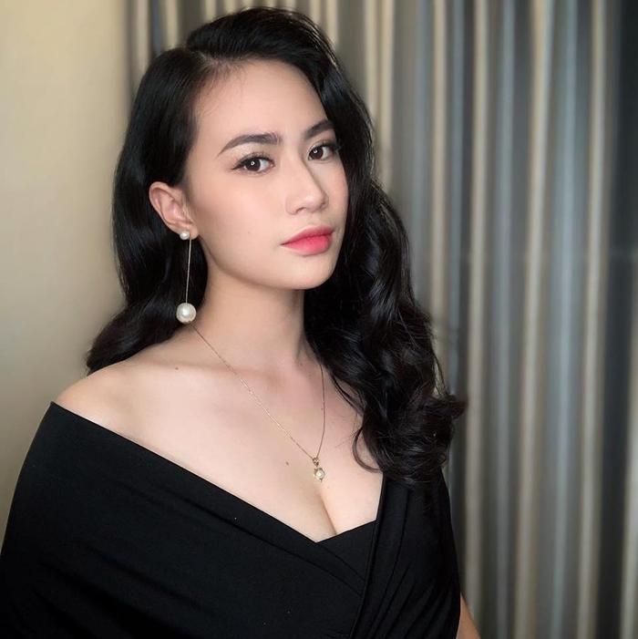 """Chân dung """"bạn gái tin đồn"""" của Quang Hải."""