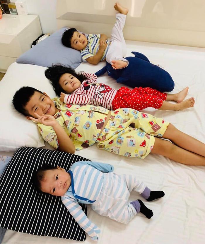Không chỉ vậy Hải Băng còn rất thương yêu bé Kid (con của Thành Đạt và vợ cũ Diệp Bảo Ngọc)