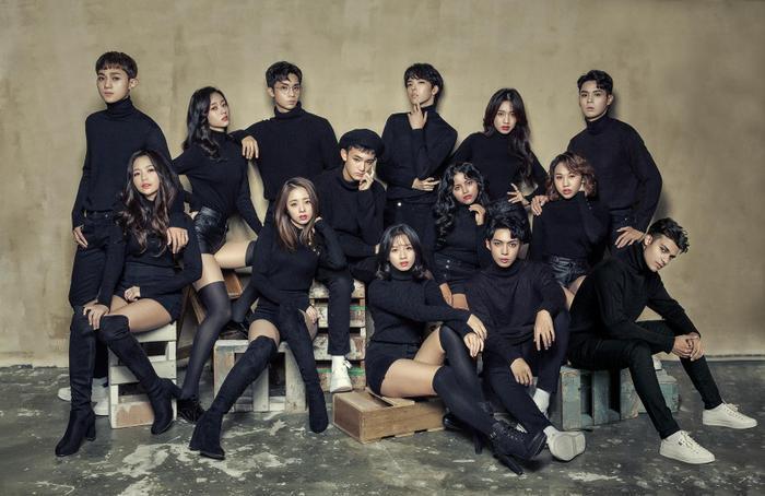 Debut hoành tráng nhưng 2 nhóm nhạc đa quốc gia sở hữu thành viên Việt Nam đã bị 'cấm cửa' tại các show Hàn Quốc.