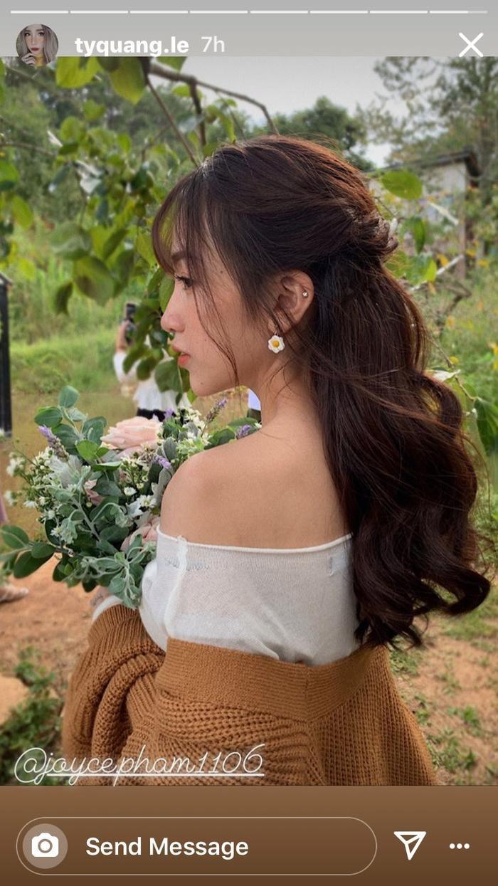 Nhan sắc ngọt ngào của Minh Anh dù chẳng cần diện váy cưới.