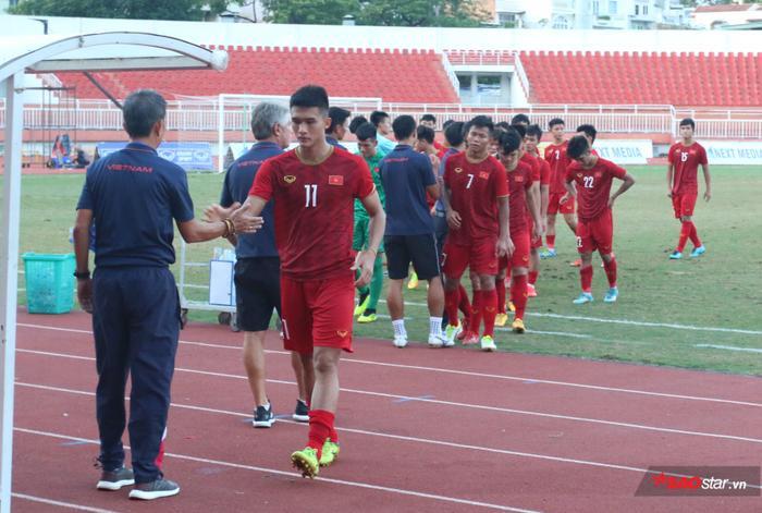 HLV Lê Thụy Hải cho rằng U18 Việt Nam thua U18 Campuchia là không thể chấp nhận.