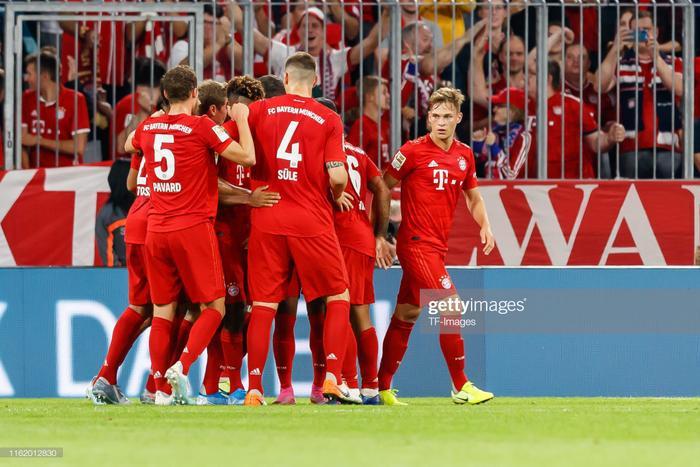 Khoảng thời gian còn lại, Bayern tấn công điên cuồng nhưng không thể đưa bóng vào khung thànhHertha Berlin một lần nữa, qua đó chấp nhận chia điểm trong ngày ra quân.