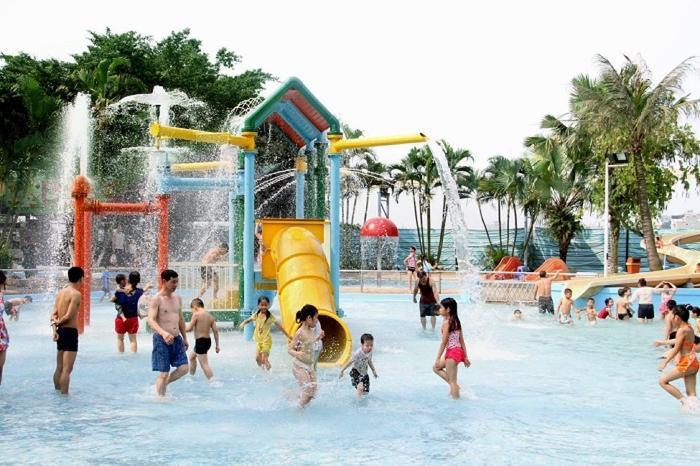Công viên nước Hồ Tây là điểm vui chơi lễ tưởng cho dịp lễ 2/9. (Ảnh: dulichvietnam)
