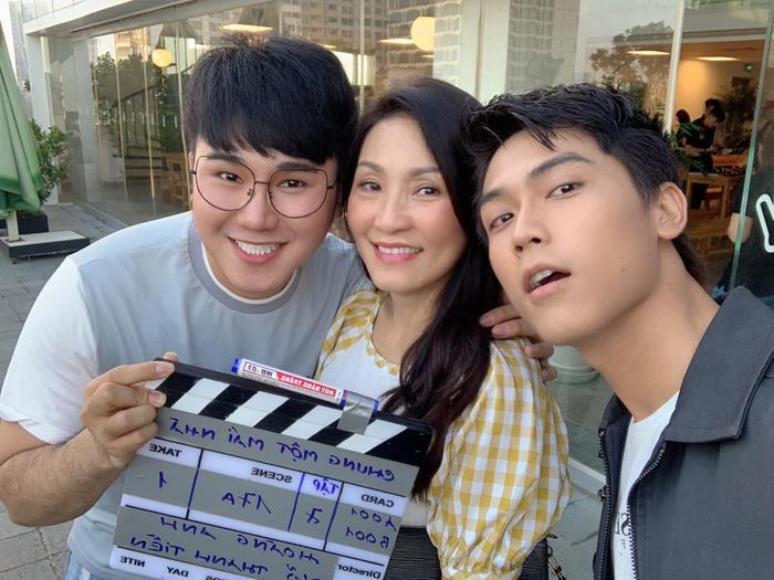 Tiko Tiến Công cùng Hồng Đào và Võ Điền Gia Huy.
