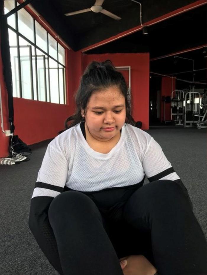 Bị bạn trai 'đá' vì thân hình 'phì nhiêu', cô gái giảm 35 kg chỉ trong 6 tháng khiến người yêu cũ phải 'cầu xin' quay lại