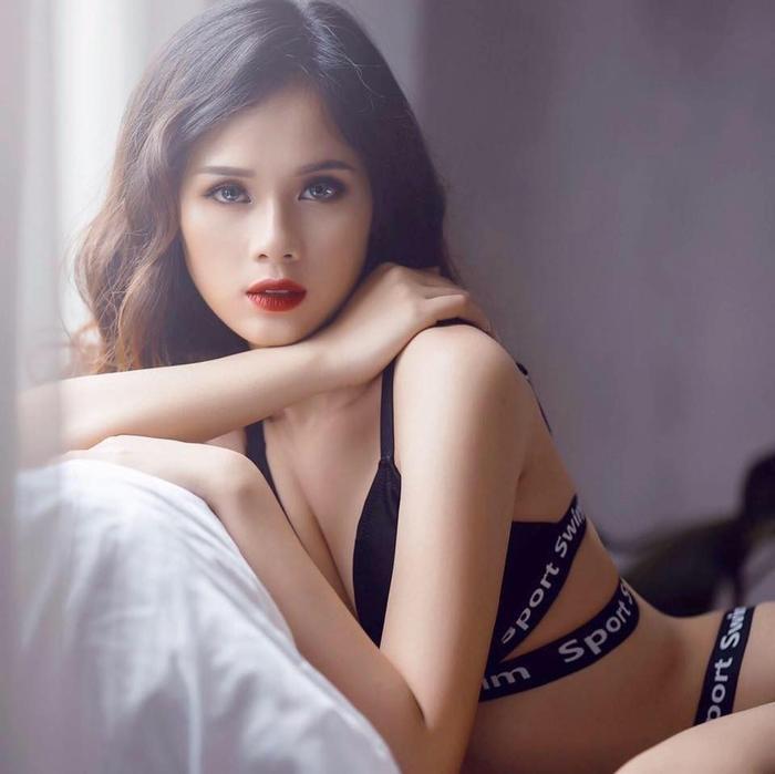 Bạn gái 6 lần trượt Hoa hậu của sao U23 Việt Nam sắp lấn sân làm ca sĩ ảnh 2