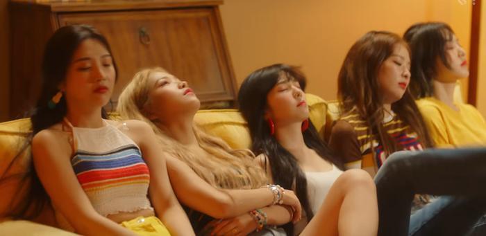 Red Velvet chính thức tung teaser MV Umpah Umpah: Những quý cô mùa Hè có làm bạn xao xuyến? ảnh 3