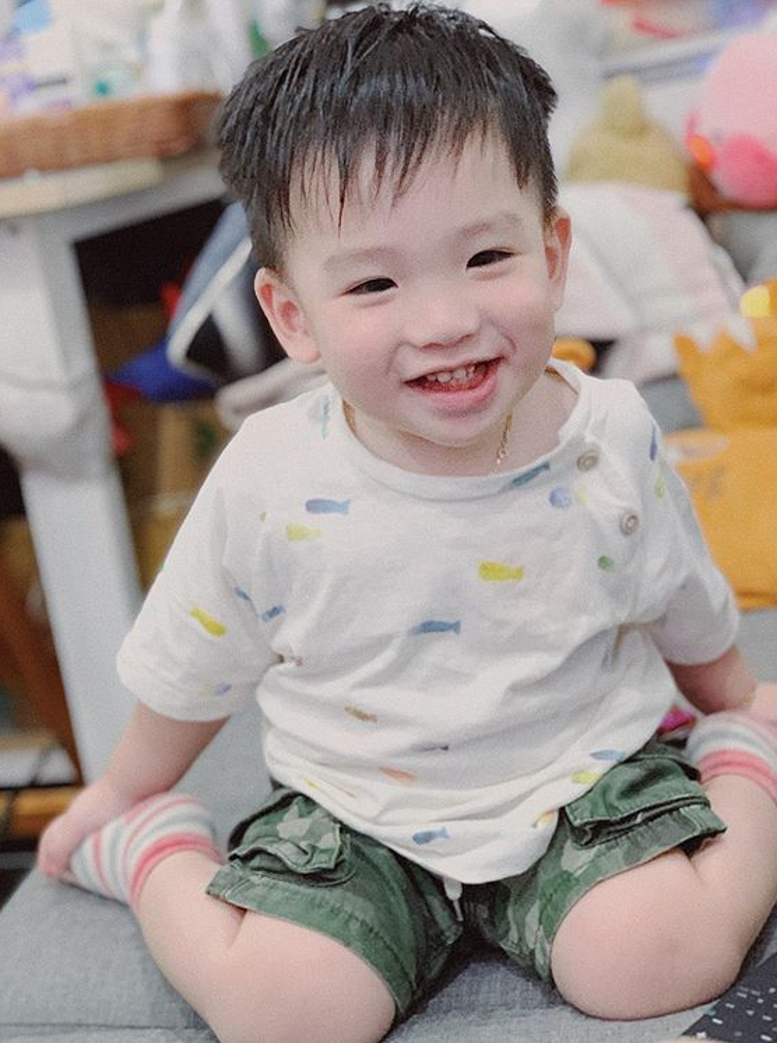 Dàn hot baby đáng yêu hết nấc của các ông bố, bà mẹ Việt siêu chất đang khiến cộng đồng mạng điên đảo ảnh 22